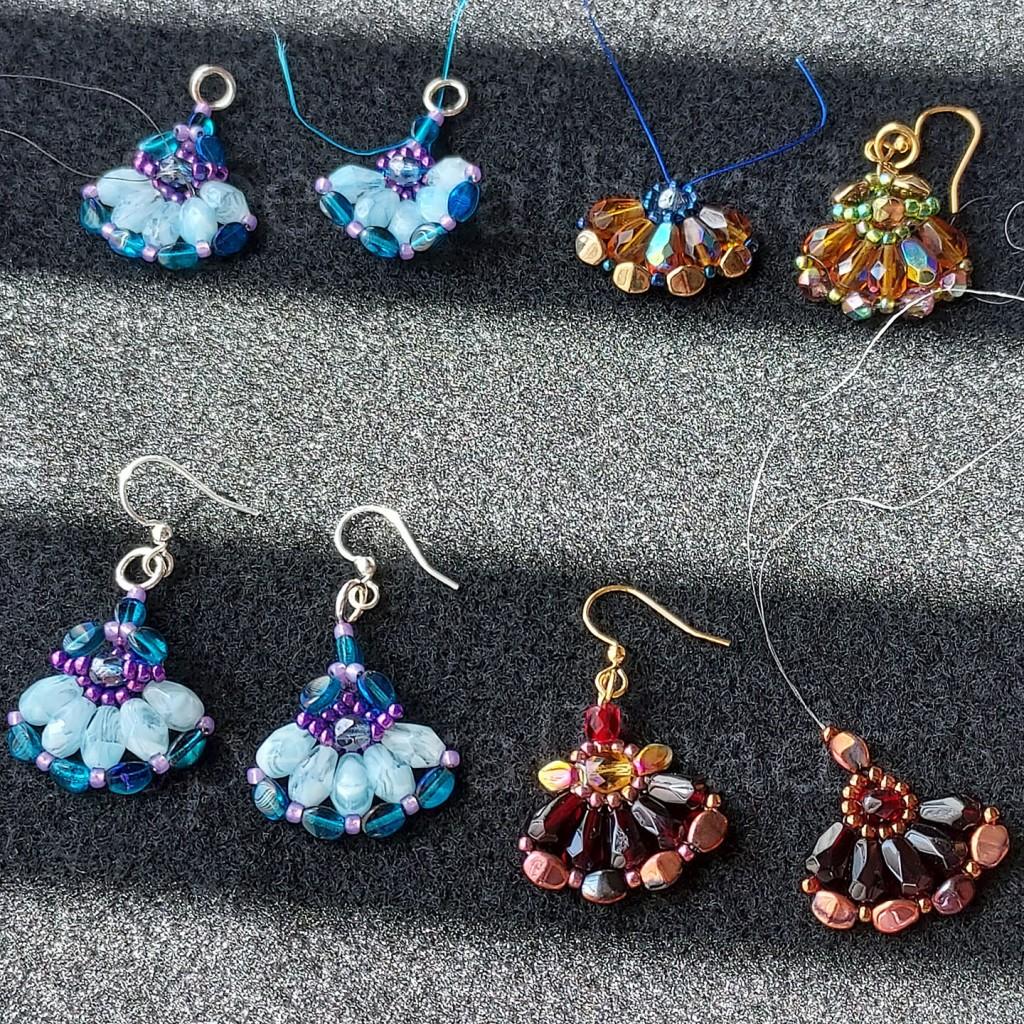 Eight trials for a Fan earring model.